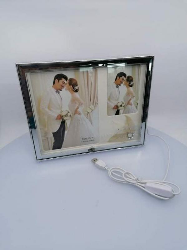 Fotorámček, svietiaci, na 2 foto, 25x20 cm