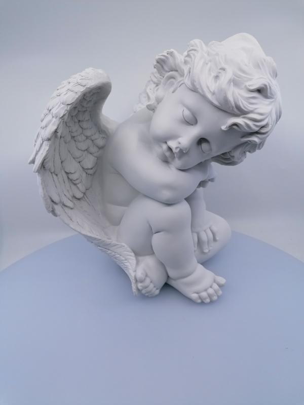 Spiaci anjel do záhrady