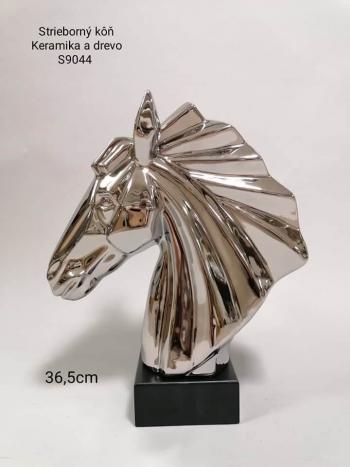 Socha Hlava koňa S9044